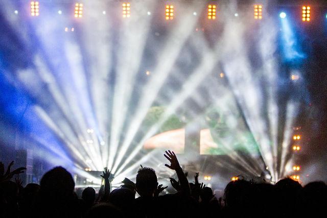 3 woorden die mij focus geven: Pijn, Ibiza, petje